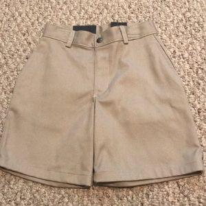 NWT Izod Boy's Uniform Shorts Size 6